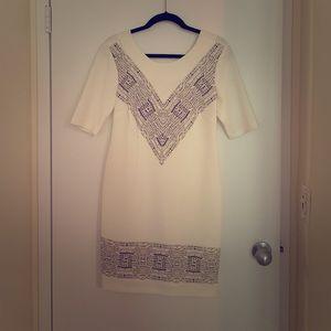 Beautiful white 3/4 sleeve dress